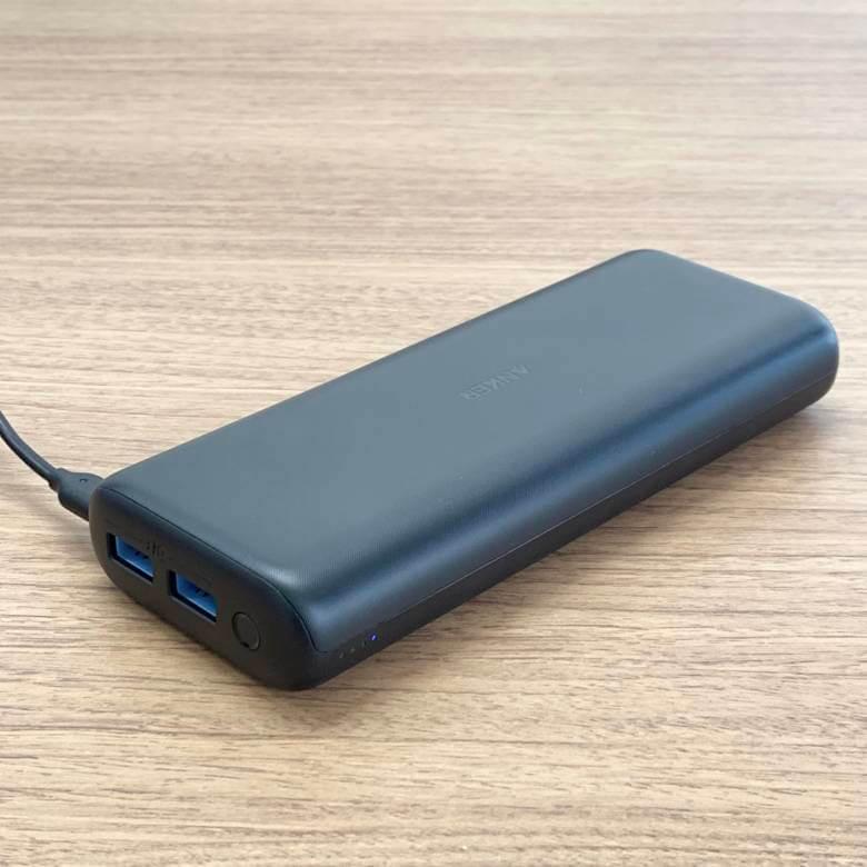 Anker PowerCore 20000 ReduxのMicro USBポート