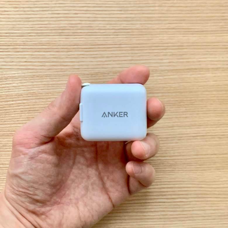 Anker PowerPort III miniのサイズ
