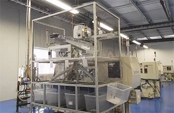 Automation_separation_by_mold_cavity