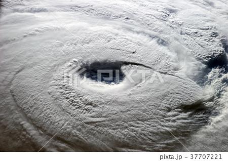 地球温暖化による最近の異常気象について