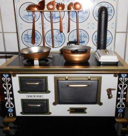 Ein Bild von einem alten Ofen für die Biografiearbeit mit Demenzkranken,
