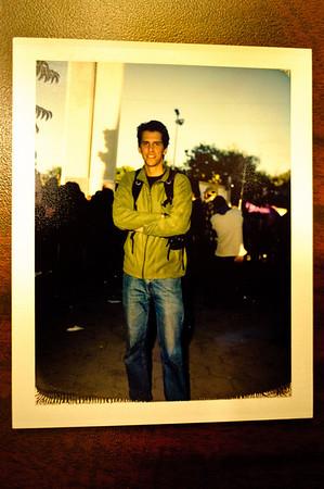 Foto en Polaroid que me tomo un muy amable fotografo que tenia mas de 40 anos trabajando en la Basilica de Guadalupe en Monterrey...  Fotografo:  http://www.ailukewitsch.com/Travel/Mexico/15052797_ZeGnE#1124490918_mJ3iF-XL-LB