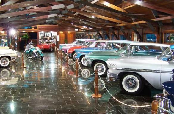 hollywood-dream-cars-01-585x384