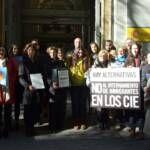 Más de 10.000 firmas para frenar el internamiento indiscriminado de inmigrantes como política de control migratorio