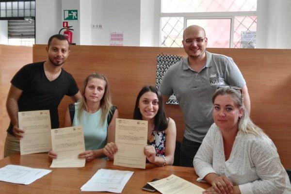 Málaga Acoge entrega sus diplomas de clases de español