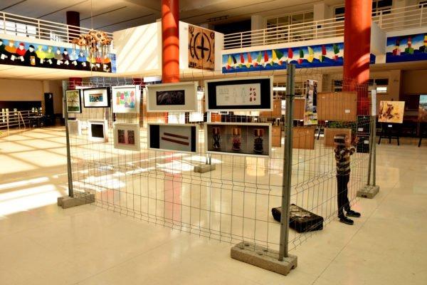 Arte e inmigración en una exposición de Artistas Acoge en Málaga