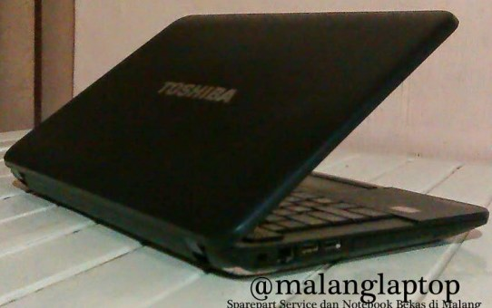 Laptop Game Toshiba C800D