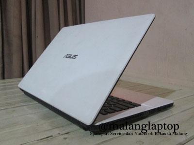 Laptop Bekas Asus X452