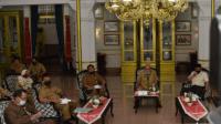 Foto : Bupati Malang, HM Sanusi lakukan vidcom terkait KEK