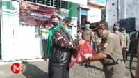 Foto : Secara simbolis, Bupati Malang berangkatkan paket sembako Gerakan Ansor Peduli