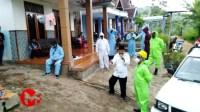 Foto : Petugas mendatangi desa majangtengah berikan imbauan untuk lakukan isolasi mandiri kepada warga