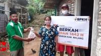 Foto : GP Ansor kab malang bagikan daging qurban untuk korban gempa malang