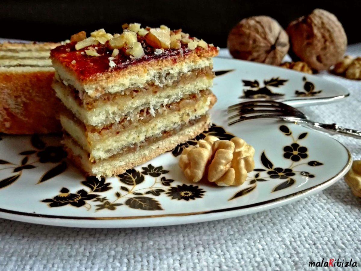 MAĐARSKA  PITA - kolač sa orasima i džemom