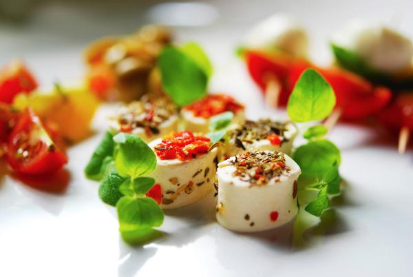Przekąski serowe z ziołami 407