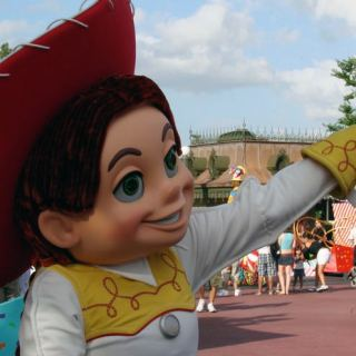Onde encontrar os personagens favoritos na Disney