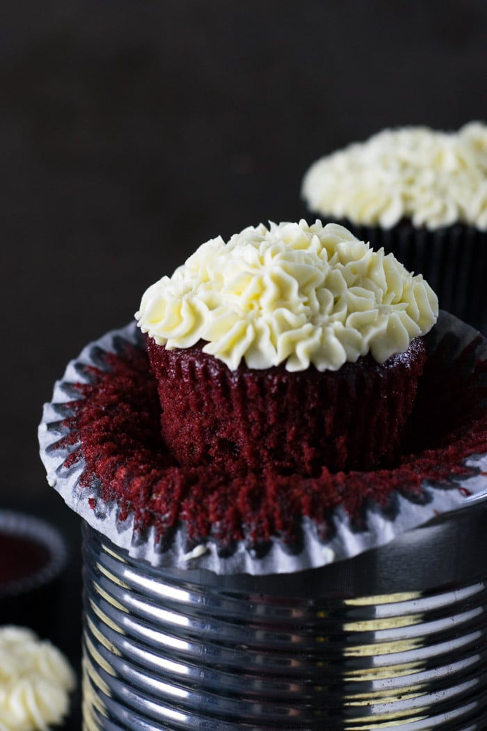 Red Velvet Cupcake com cobertura