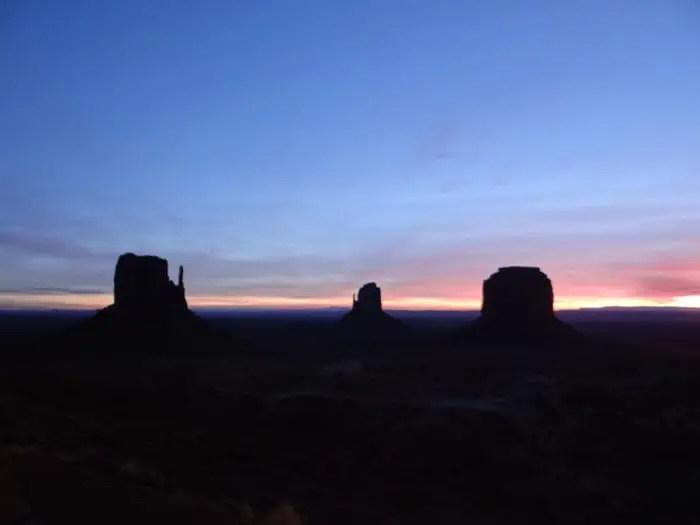 Nascer do Sol no Monument Valley