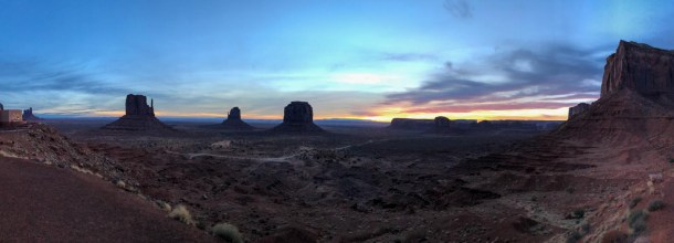 Nascer do Sol no Monument Valley