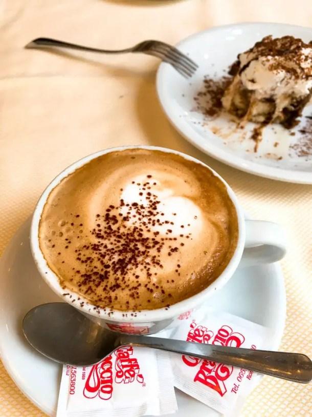 Café e doce - onde comer em roma