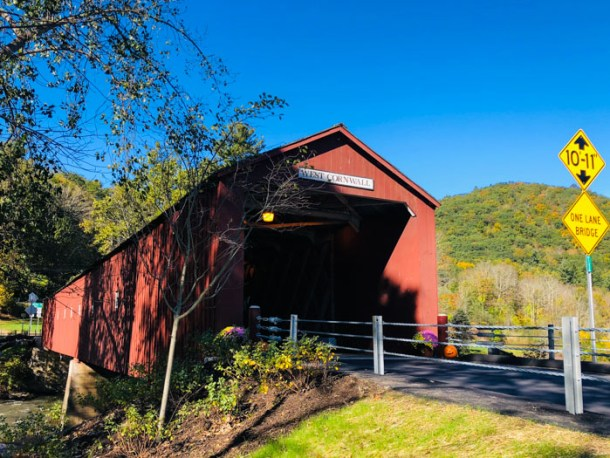 20 Great Places to Take Pictures in New England - West Cornwall Covered Bridge, West Cornwall, Connecticut | Travel Cook Tell
