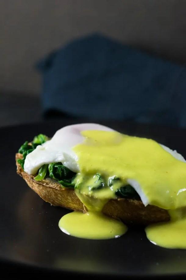 ovos florentinos - ovos à florentina com molho holandês saudável