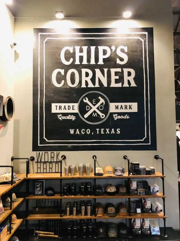 Chip's Corner em Magnolia Market