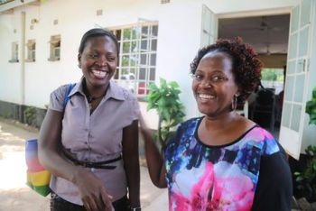Kathyanga (L) sharing notes with one of the participants (pic: George Mhango)