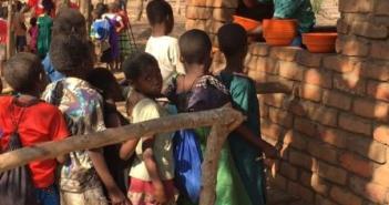 learners-queue-for-porridge