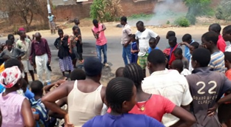 Malawi 'vampirism' mania spreads as two die in mob violence""