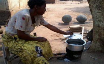 Prisca Masauli cooking