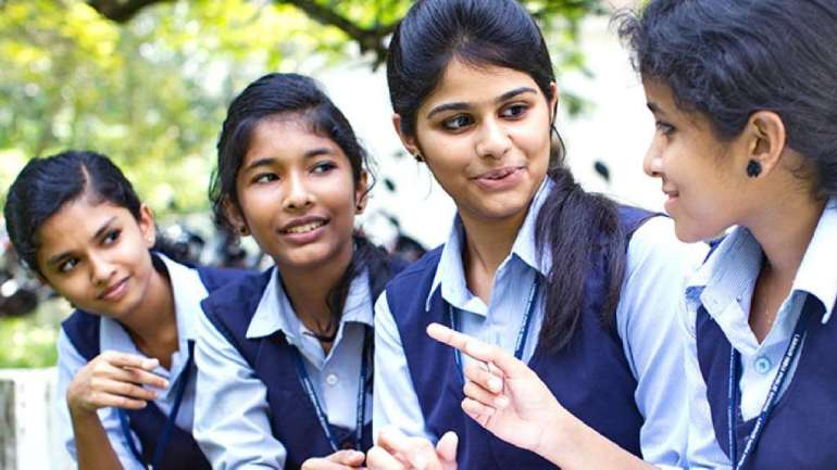 expert committee submits report to totally revamp school education sector