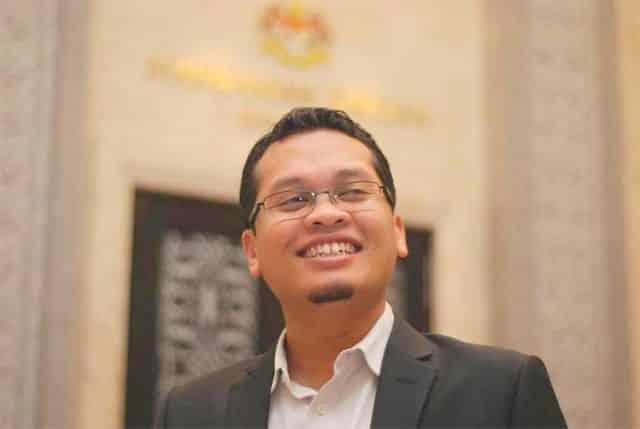 Saman Nik Nazmi terhadap bekas AG, kerajaan akan dibicara pada Oktober