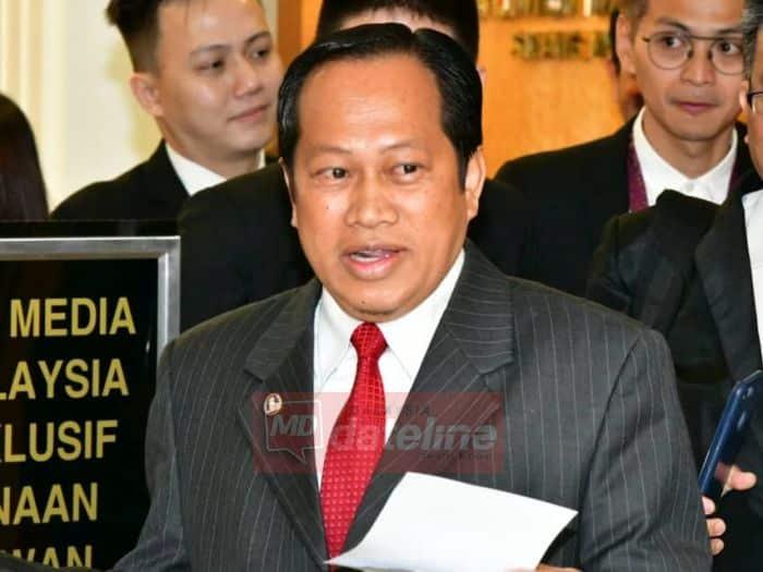 1MDB: Nafi terima cek, akan berbincang dengan peguam, kata Ahmad Maslan