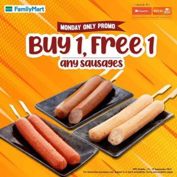FamilyMart Beli 1 tawaran 1 Sosej Percuma dengan ShopeePay