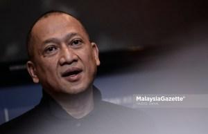 """Bekas Menteri Pelancongan dan Kebudayaan, Datuk Seri Nazri Aziz berpendapat Barisan Nasional (BN) sudah """"tidak wujud"""" dan pakatan politik itu perlu dibubarkan."""