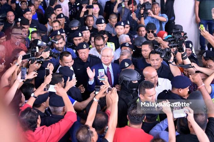 Kes bekas Perdana Menteri Datuk Seri Najib Tun Razak yang didakwa atas tuduhan pecah amanah dan salah guna kuasa berkaitan dana SRC International Sdn Bhd berjumlah RM42 juta akan didengar di hadapan Hakim Mahkamah Tinggi Mohd Nazlan Mohd Ghazali.