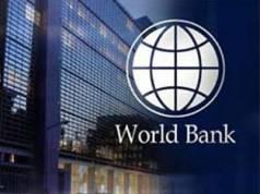 Ketua Ekonomi, Makroekonomi, Perdagangan dan Amalan Pelaburan Global Bank Dunia, Richard Record berkata, paras hutang negara masih sederhana dan tidak membimbangkan.