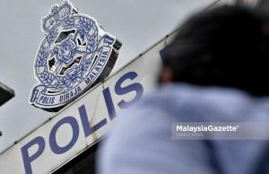 Seorang kanak-kanak lelaki berusia lima tahun meninggal dunia di Klinik Kesihatan Padang Rumbia, Pekan petang semalam dipercayai menjadi mangsa dera bapa tiri dan ibunya.