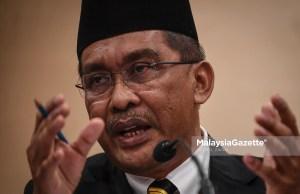 full scale MCO Minister at Prime Minister's Deparment, Datuk Takiyuddin Hassan. PIX: HAZROL ZAINAL / MalaysiaGazette / 25 FEBRUARY 2020.