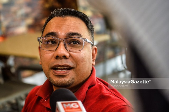 Lawyer, Abdul Shukor Tokachil, 39, at an interview with MalaysiaGazette on the approval of dine-in at eateries during the Movement Control Order (MCO).     PIX: MOHD ADZLAN / MalaysiaGazette /10 FEBRUARY 2021.