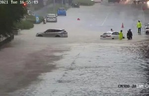 flash flood Kuala Lumpur traffic jam