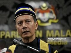 resignation resign Speaker of Dewan Rakyat, Datuk Azhar Azizan Harun. Perikatan Nasional PN majority support Muhyiddin