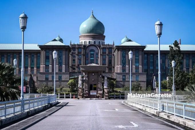 Attorney-General's Chamber Idus Harun UMNO Ahmad Zahid Hamidi Muhyiddin Yassin revocation of emergency ordinances cabinet meeting