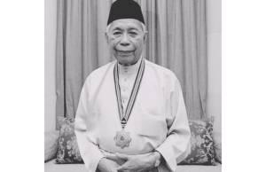 Tun Sakaran Dandai dies of Covid-19