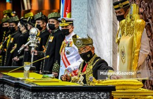 bi-partisan MoU PH opposition government Transformation and Political Stability MoU Yang di-Pertuan Agong Al-Sultan Abdullah Ri'ayatuddin Al-Mustafa Billah Shah officiated the Opening Ceremony of the Fourth Term, 14th Parliament Sitting at the Parliament building in Kuala Lumpur. PIX: Department of Information / MalaysiaGazette / 13 SEPTEMBER 2021 Complaint letters
