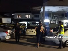 stabs husband with umbrella A man died at Kampung Laksamana, Batu Caves last night after being stabbed by his wife following a fight when the man accused the woman of having an affair.