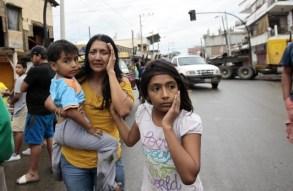 Violento-terremoto-in-Ecuador-le-immagini-dei-danni-24-640x418