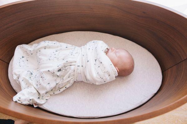 Vreća za spavanje sa rukavima za zamatanje Ergobaby
