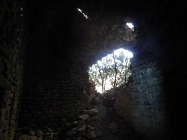 Sant Martí de Castells des de dintre