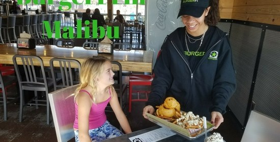Lunch at BurgerFi in Malibu